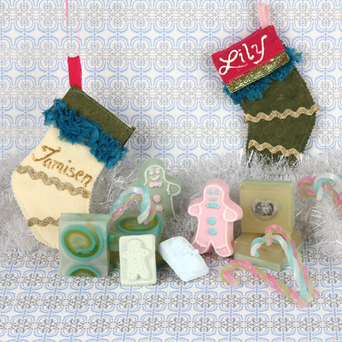 Go handmade this holiday with this group of fun soaps, bath fizzies and customized stocking.