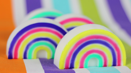 Rainbow Mold and Island Style (Tutorial) - Soap Queen