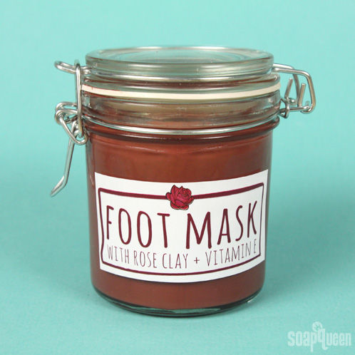 Learn how to make this thick and hydrating foot mask, made with rose clay, glycerin and avocado extract,.