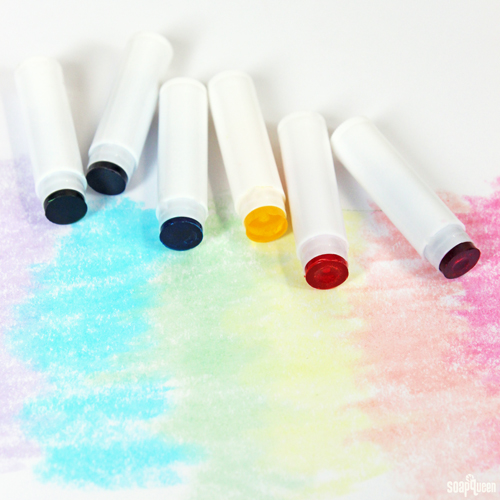 Melt and Pour Bath Crayons Kit
